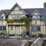 Couple Built Their Own Tudor Home Daily Mail