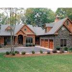 Craftsman House Plan Square Feet Bedrooms