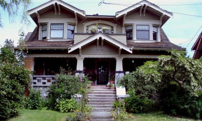 Craftsman Style Doors House