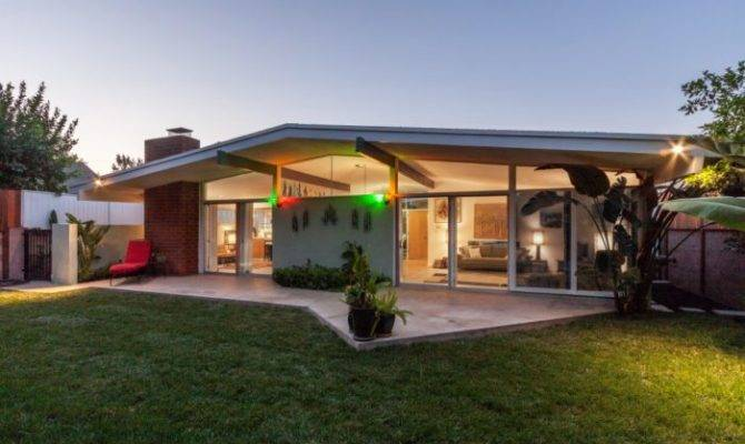 Custom Built Van Nuys Mid Century Modern Home Leo