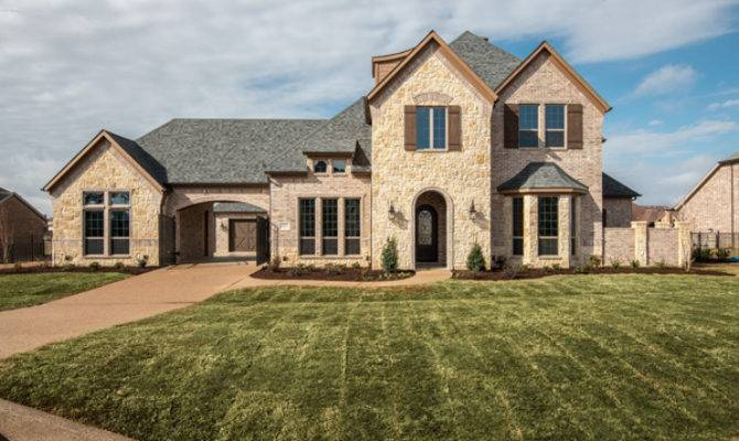 Custom Homes Denton County Texas Mother Law Suites