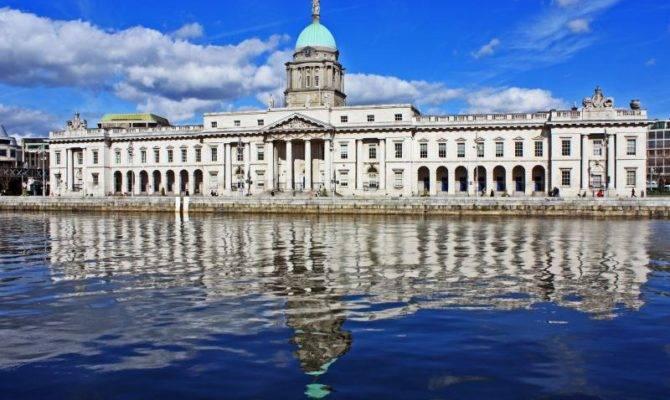 Custom House Dublin Related Keywords Suggestions
