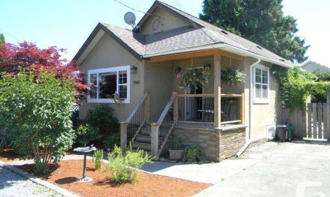 Cute Bungalow Chemainus Sale