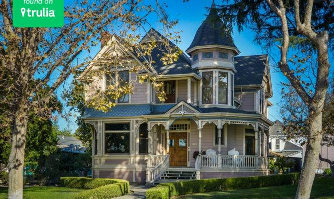 Deliciously Charming Gingerbread Victorian Houses