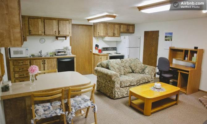Detached Garage Upstairs Apartment Bonney Lake