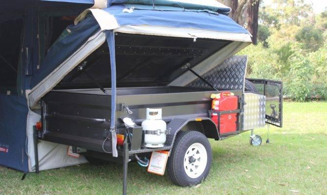 Diamantina Freelander Deluxe Package Kangaroo Tent