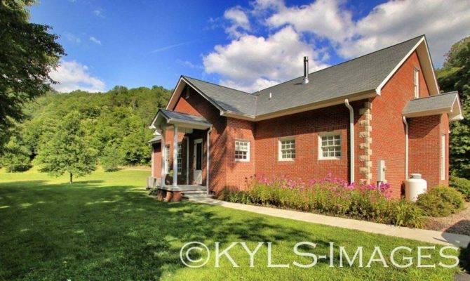 Elegant Country Home Paintsville Kentucky