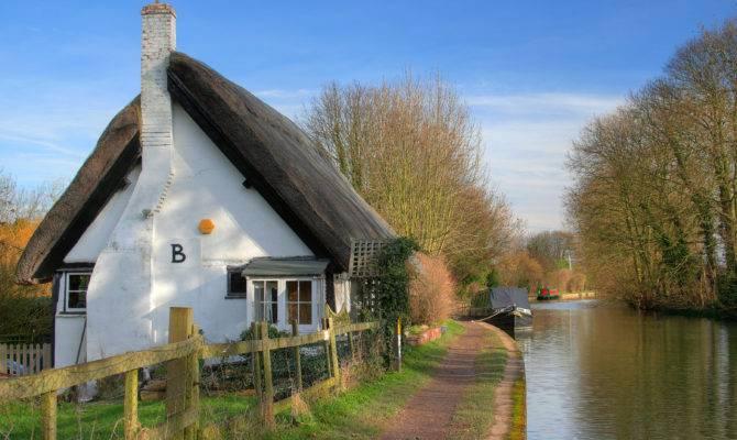 Embrace Serendipity English Countryside