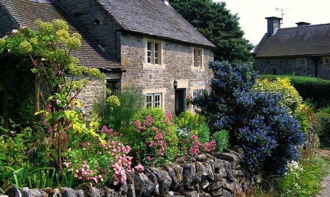 England Gardens Cottage Garden Tissington Derbyshire