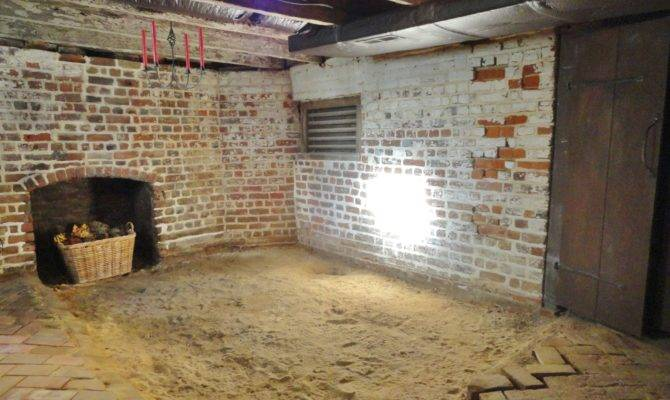 English Basement South Mahockney Plantation