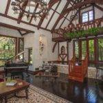 English Tudor Style Home Interior Lzk