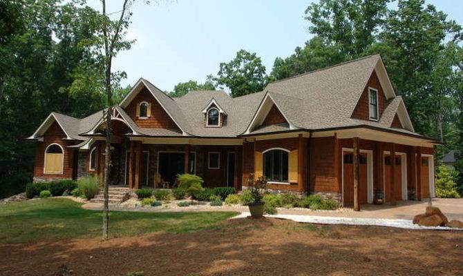 Eyrie Lynchburg Real Estate