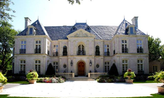 French Eclectic Mansion Heart