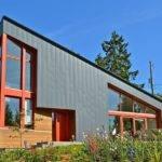 Garden Facade Boldly Modern House Brings Light Views