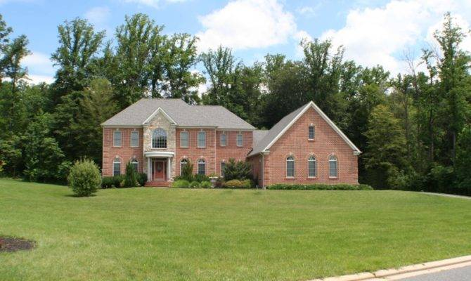Gast Construction Colonial Style Homes