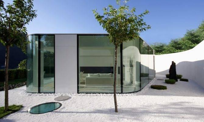 Gently Curved Glass House Modern Design Moderndesign