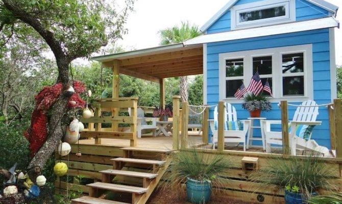 George Island Tiny House Swoon