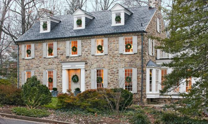 Get Look Colonial Style Architecture Traditional Home