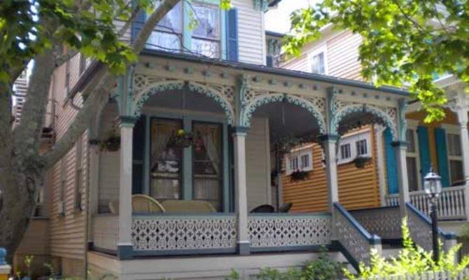 Gingerbread House Exterior Trim