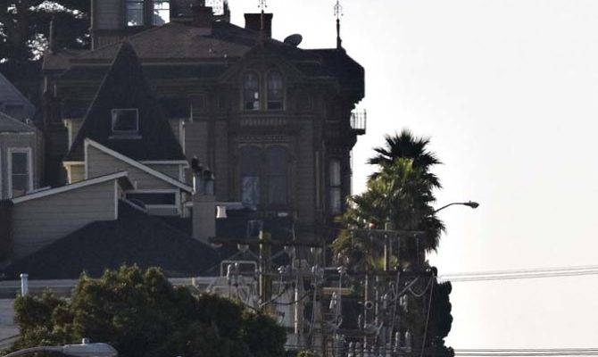 Great Shambling Old Gothic House San Francisco Citizen