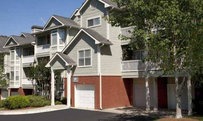 Hannover Grand Sandy Springs Apartments