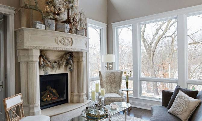 Harmonious Holiday Hues Midwestern Home Traditional