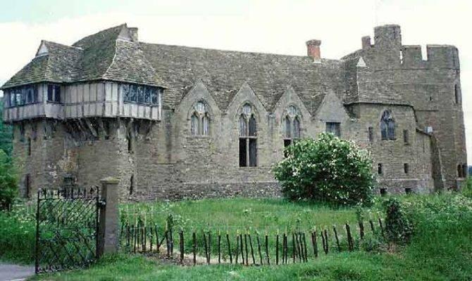 Here Stokesay Manor House England Life