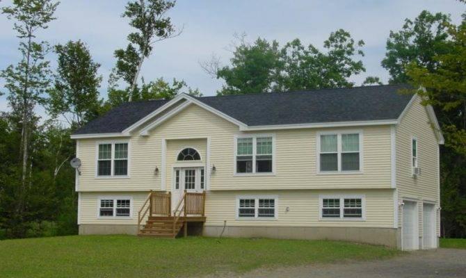 Hermon Raised Ranch Showcase Homes Maine Bangor