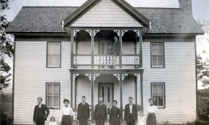 Historical Houses Buildings Located Monroe County