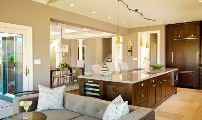 Homeowners Want Larger Kitchens Smaller Homes Home Plans Blueprints 80508