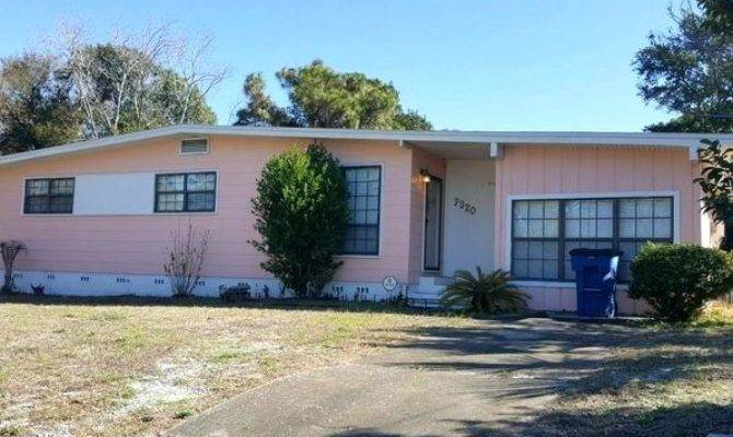Homes Sale Mother Law Quarters Pools
