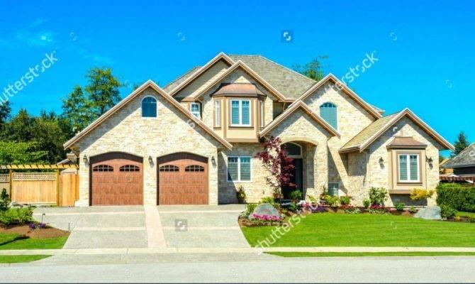 House Big Garage Venidami