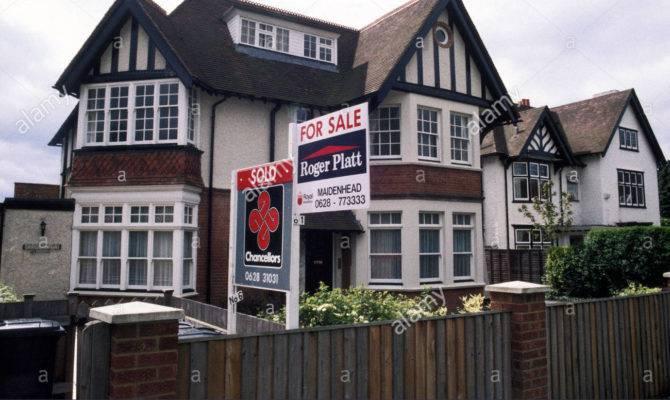 House Typical Mock Tudor Sale Maidenhead England