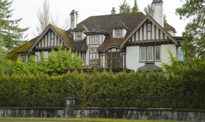 Immigration Threatens European Style Architecture Canada