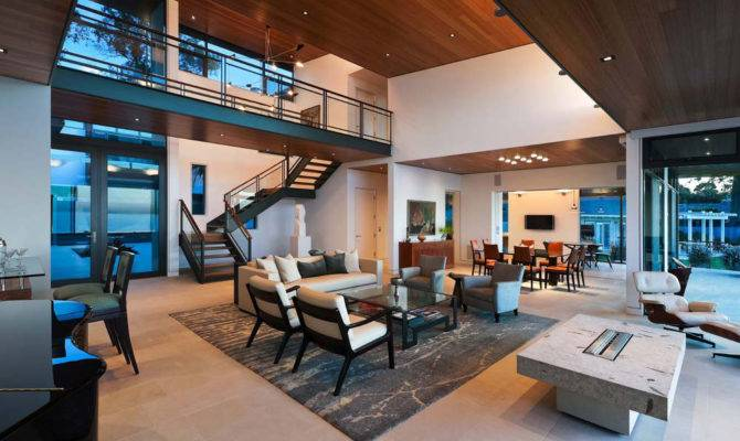 Interior Spacious Bright Yet Remains Warm Welcoming