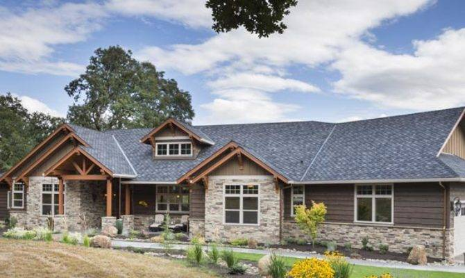 Jaw Dropping Mix Ranch Craftsman Style Home Plan