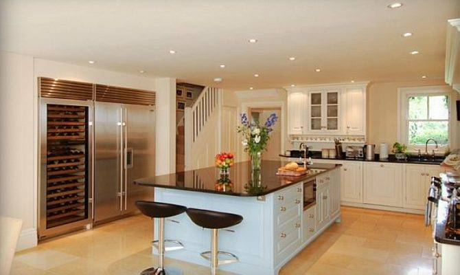 Kitchen Design Ideas Many Storage Option