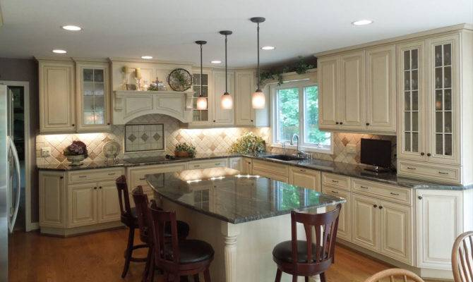 Kitchenmaster Designing Building Distinct Cabinetry