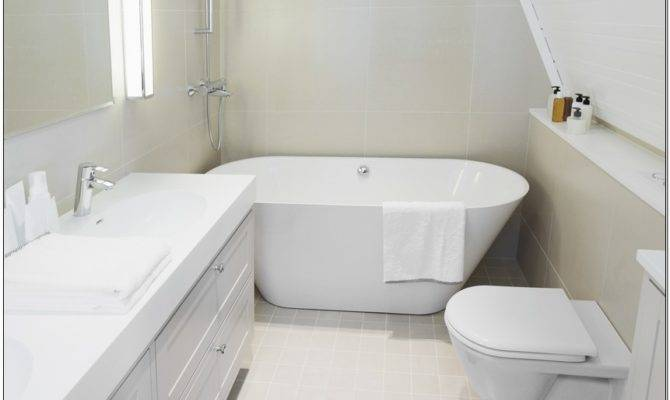Knowing Soaking Tubs Small Bathrooms Commuterage