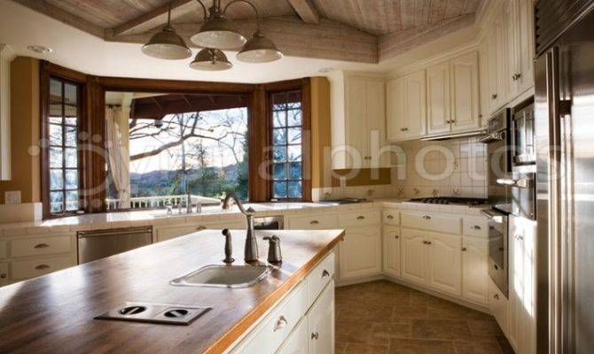 Large Country Style Kitchen Photos