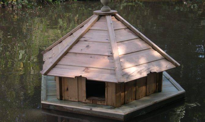 Large Hexagonal Floating Duck House Waterfowl