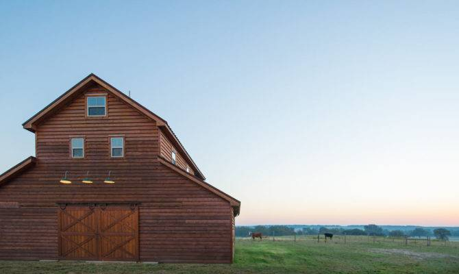 Living Quarters Loft Barn