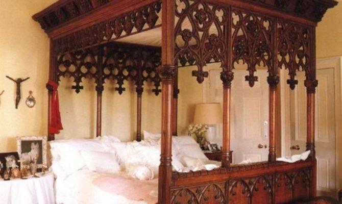 Loftylovin Gothic Victorian Style Beds