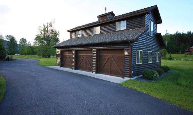 Log Home Car Garage Studio
