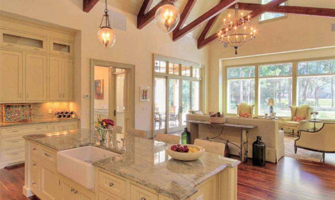 Low Country Home Interiors Design Style