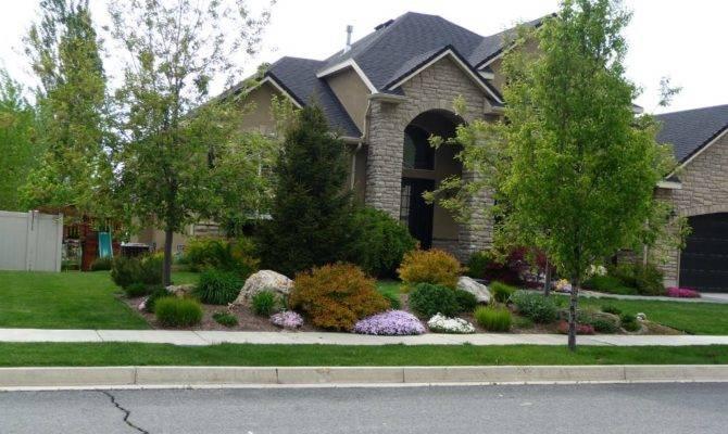 Low Maintenance Landscape Ideas Front Yard Bark Mulch