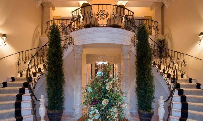 Luxury Foyer Decorating Design Ideas