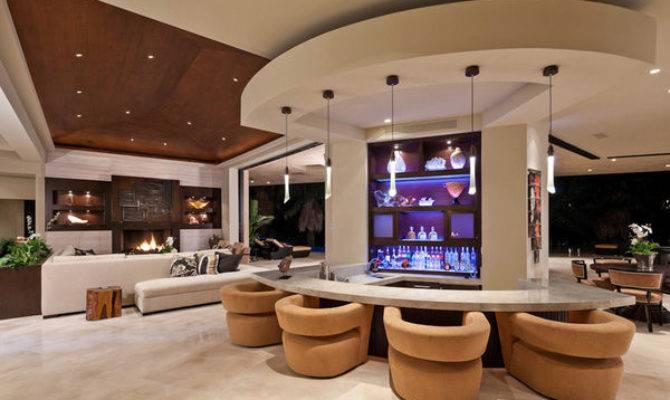 Luxury Home Wrap Around Bar Photos