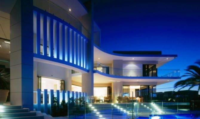 Luxury House Surfers Paradise Queensland Australia
