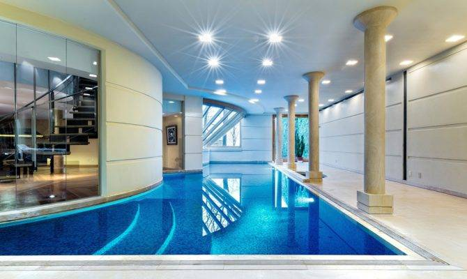 Luxury Swimming Pool House Design